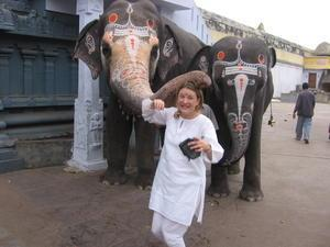 travel tips women wear travelling india
