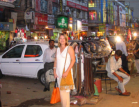 photograph of bazaar / market in Delhi, India