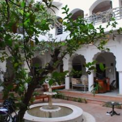 Inn Seventh Heaven courtyard, Pushkar, Rajasthan, India