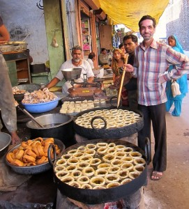 Photograph of old city market, Sawai Madhopur, Rajasathan, near Ranthambhore toger reserve
