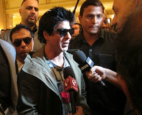 Shahrukh Khan arrives in Toronto for the 2011 IIFA Awards