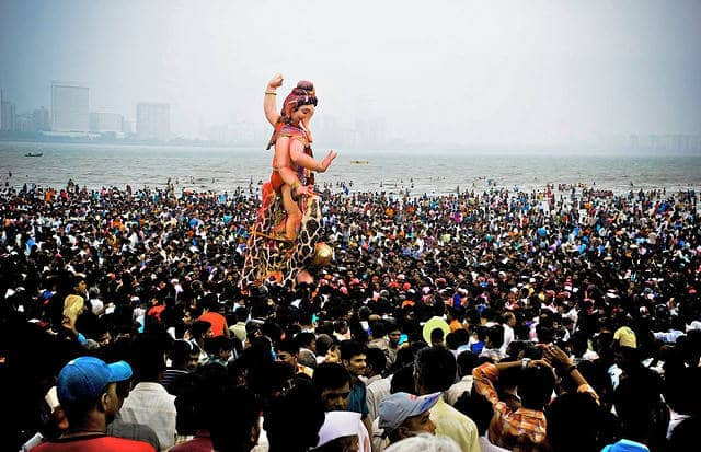Photograph of Ganesh Chaturthi in Mumbai, India from Goindia.About.com
