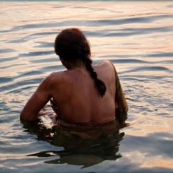 woman in Ganga-effects