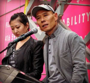 Shangrila Hotel Toronto Zhang Huan at unveiling of dragon sculpture Rising