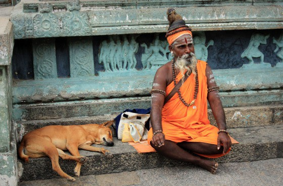 Sadhu and friend at Arunachaleshwarar Temple, Tiruvannamalai, Tamil Nadu, India