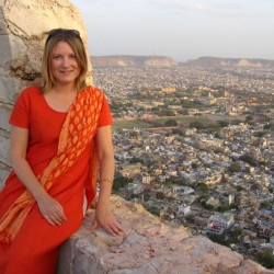 Mariellen Ward: Travel in India, Delhi