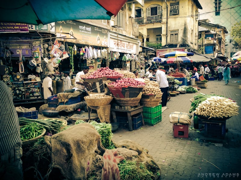 photo essay mumbai local breathedreamgo market mumbai local tour photography andrew adams