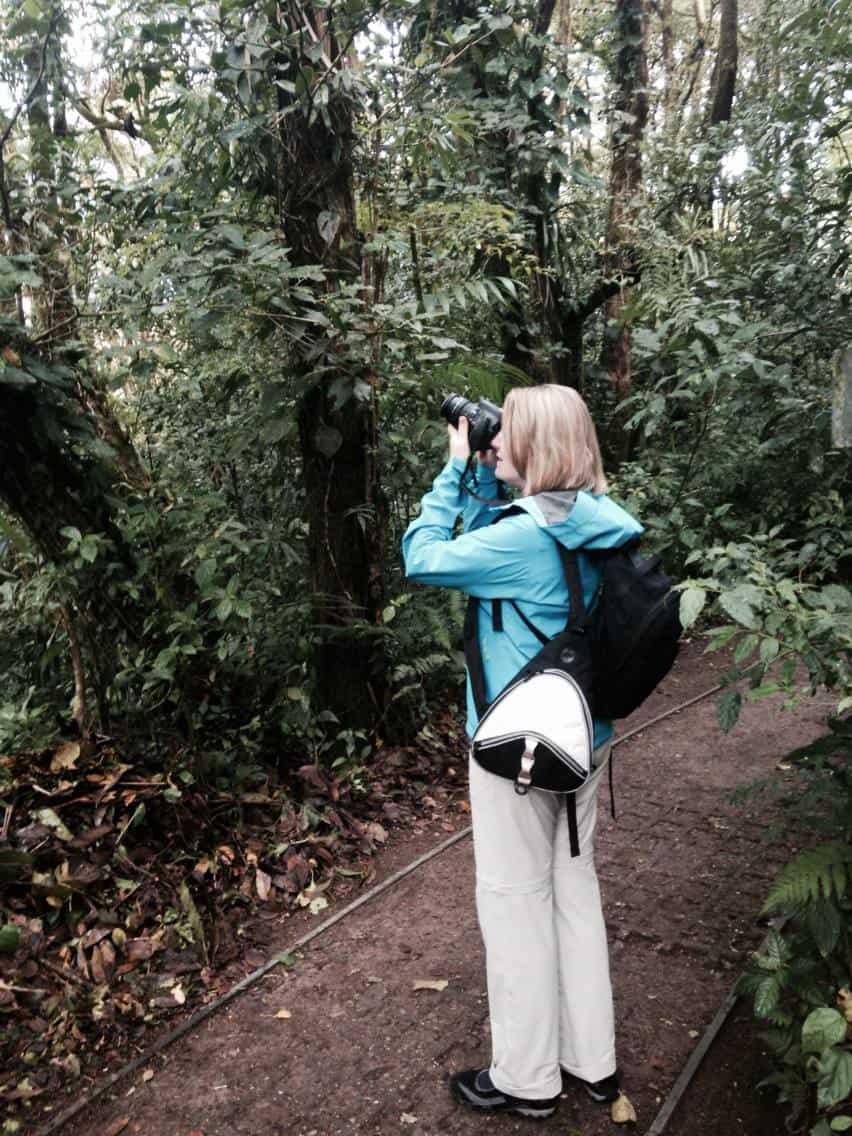 Mariellen Ward taking bird photos in Monteverde Cloud Forest Reserve, Costa Rica