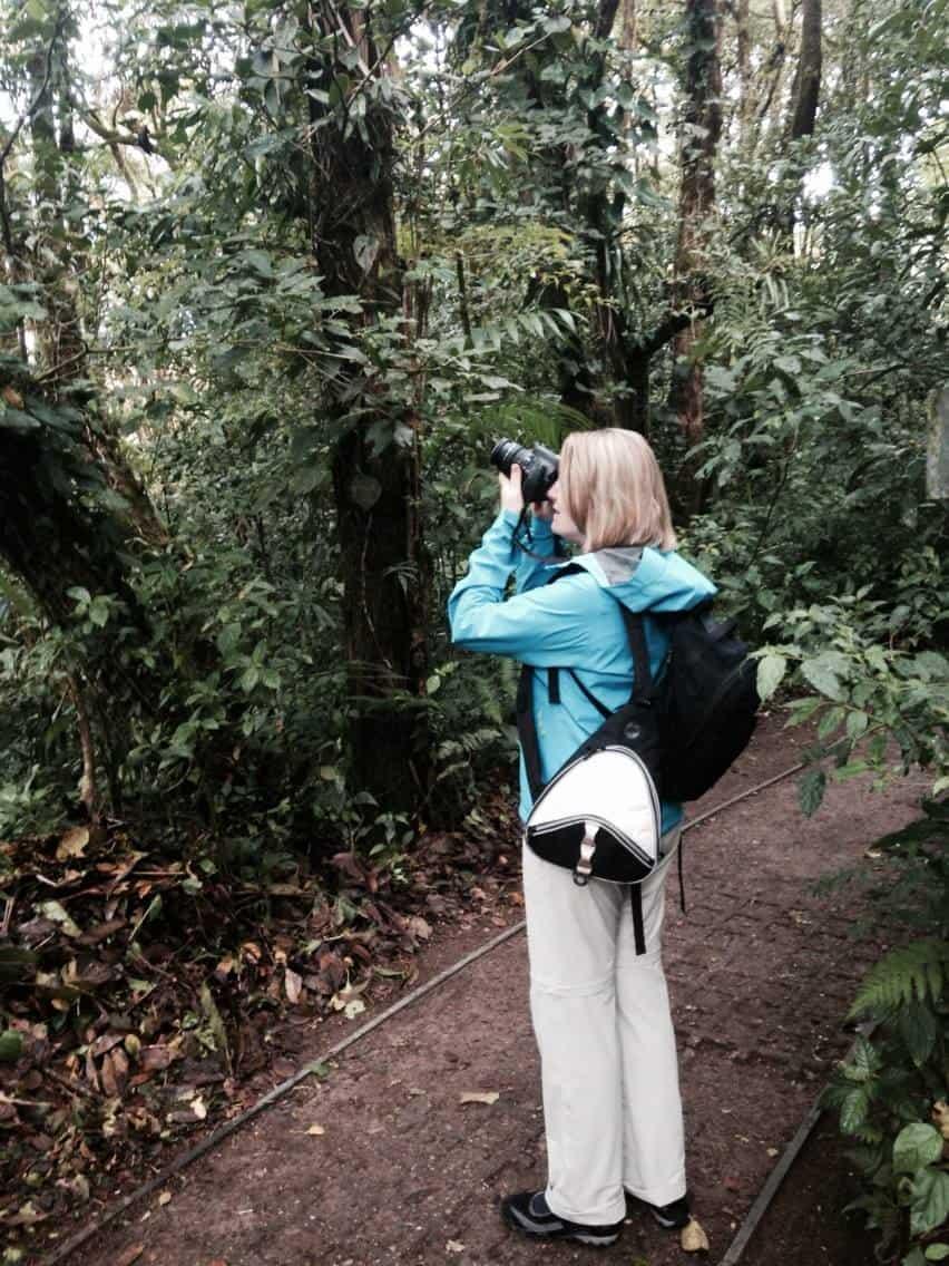 Mariellen Ward taking bird photos in Monteverde Cloud Forest Reserve, Costa Rica