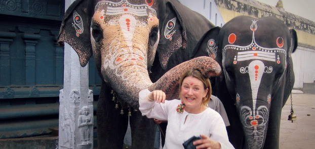 Mariellen Ward, India, elephant blessing