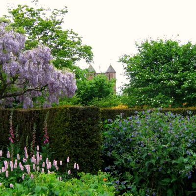 Top 5 most stunning English Gardens