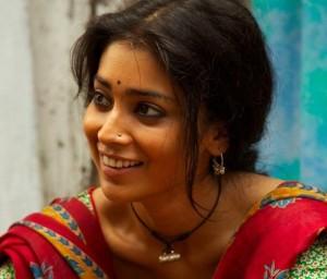 Shriya Saran as Parvati-the-Witch in Midnight's Children.