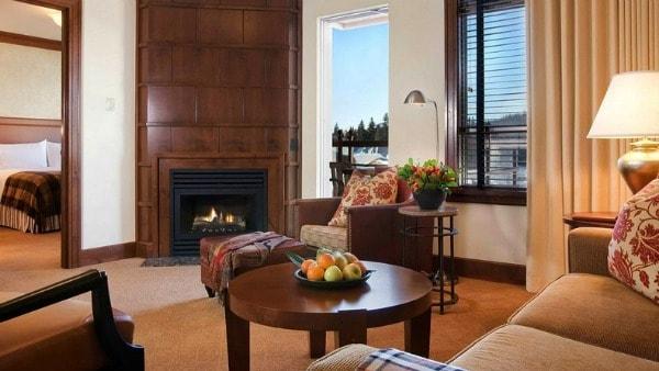 Four Seasons, hotel, Whistler, BC, British Columbia, Canada, resort, mountain