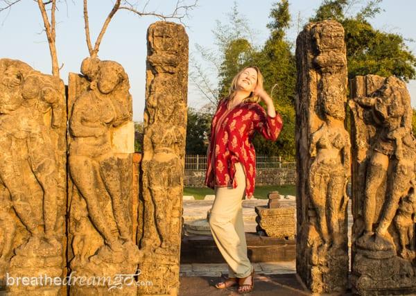 Mariellen Ward, Sirpur, Chhattisgarh, India, carving, Buddhist, Buddhism, Hinduism, Hindu