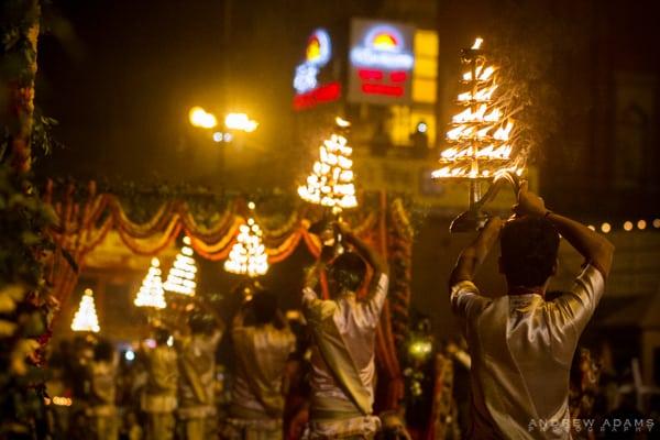Buddhist Conclave 2014, India, Varanasi, aarti
