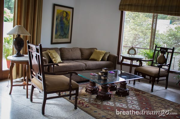 hotel, guest house, India, Delhi, women, travel, travelers, budget, cheap, accommodation, flat, solo
