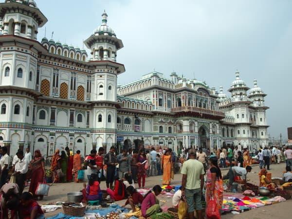 India, Nepal, Kathmandu, travel, female, solo, traveler, trip, differences