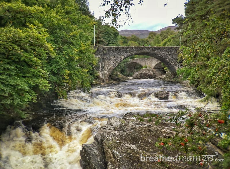 Britain, Scotland, Great Britain, OMGB, ScotSpirit, Inverness, Loch Ness, Invermoriston, falls, bridge, stone, river