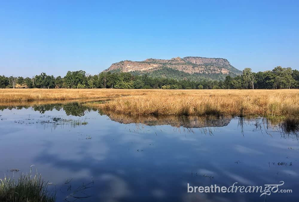 Best tourist places in Madhya Pradesh Bandhavgarh