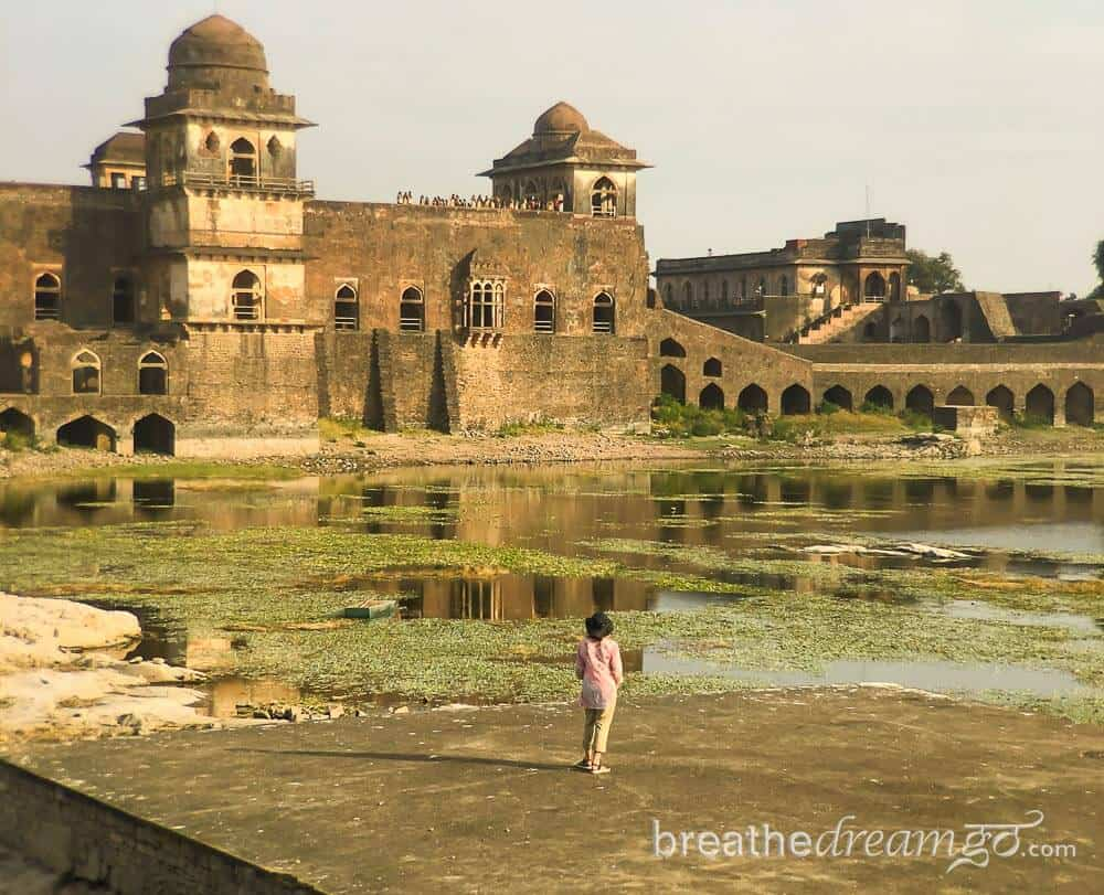 Best tourist places in Madhya Pradesh Mandu