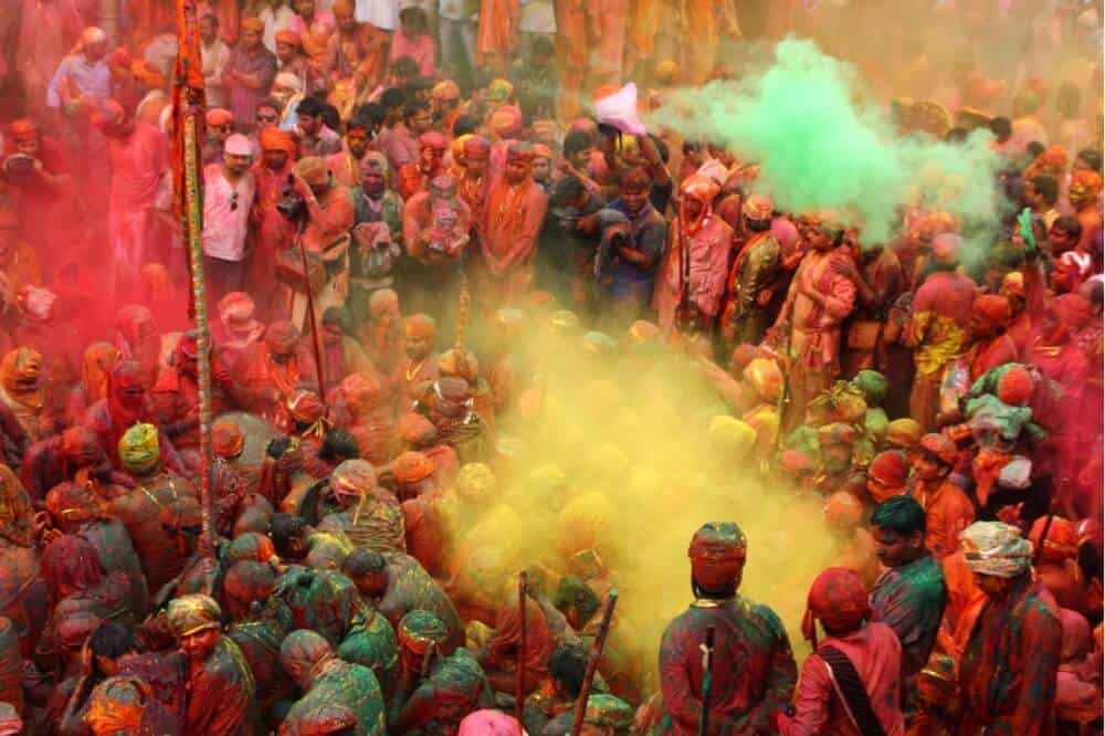 Celebrating the Holi Festival in India, Indian color festival