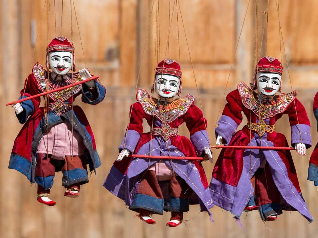 Myanmar travel photo: puppets