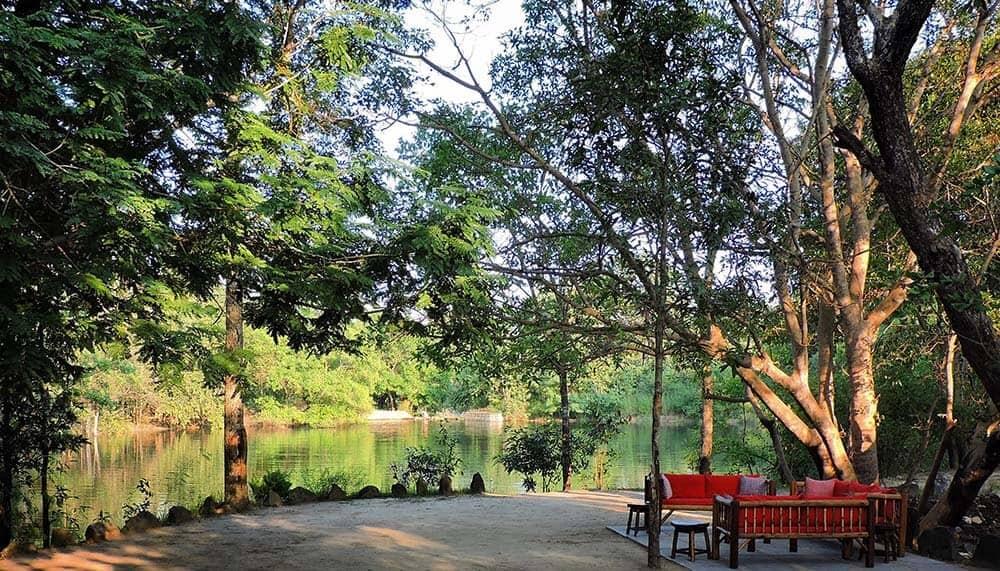 outdoor dining at Shergah tiger camp, Kanha