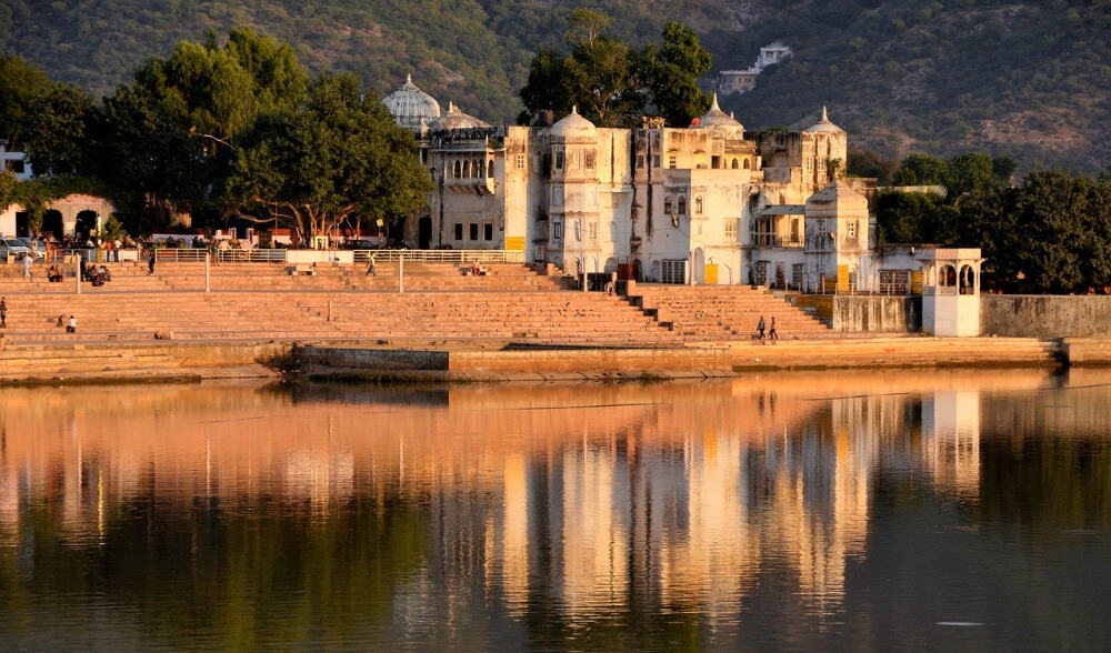 Pushkar Lake at dawn
