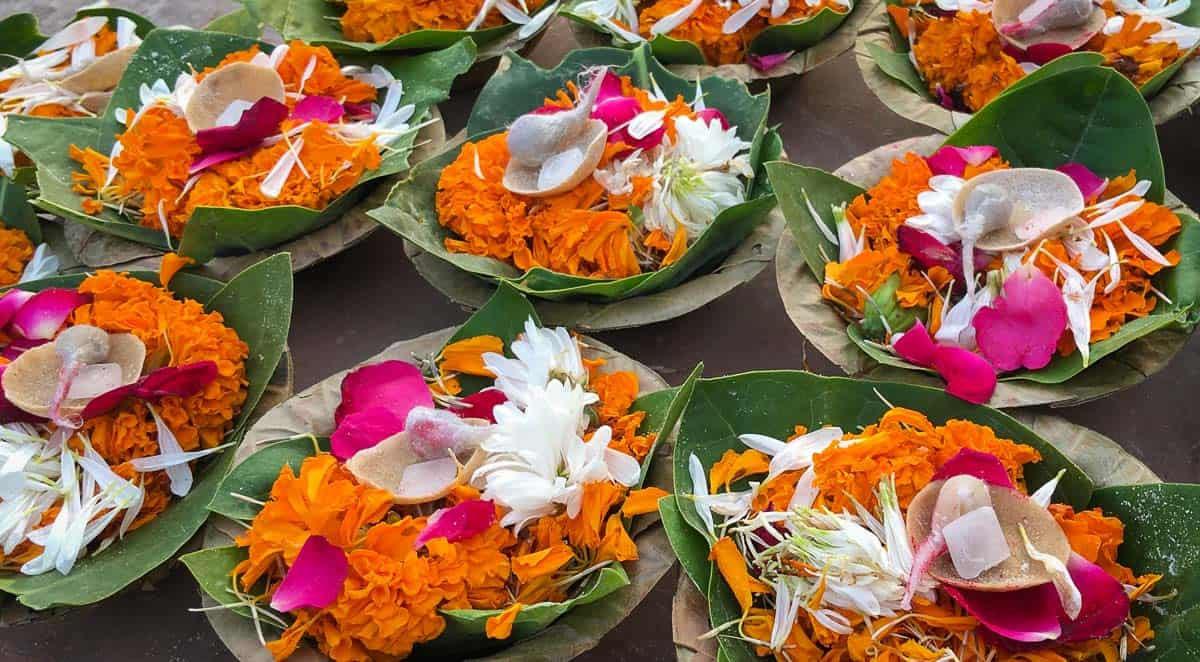 Flower diyas used for puja in Rishikesh