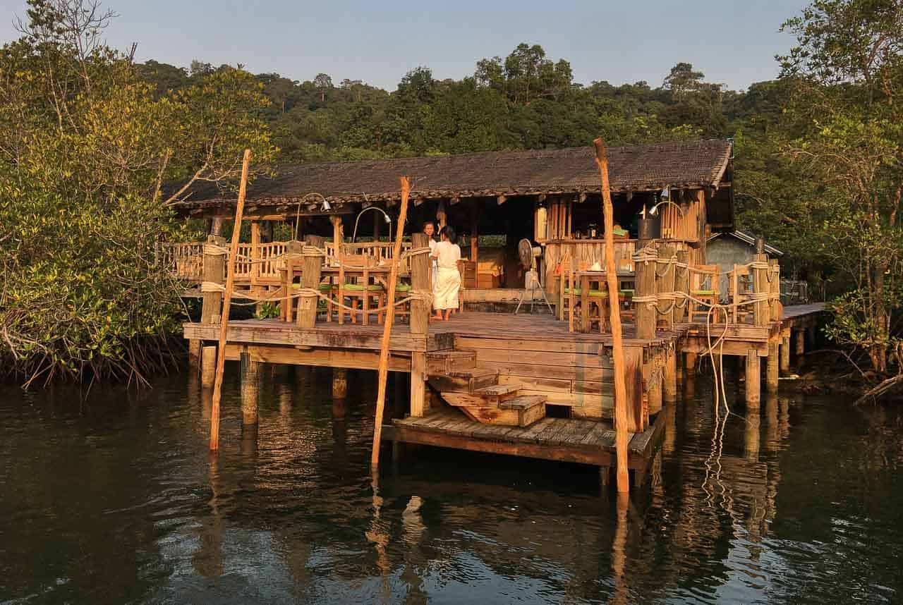 wood building in houses restaurant Thailand